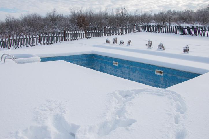 Avoid Pool Repair with Winter Pool Maintenance