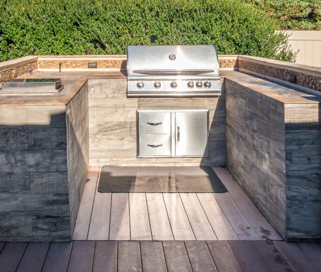 Make This Coming Summer Your Best Ever with a New Backyard Outdoor Kitchen