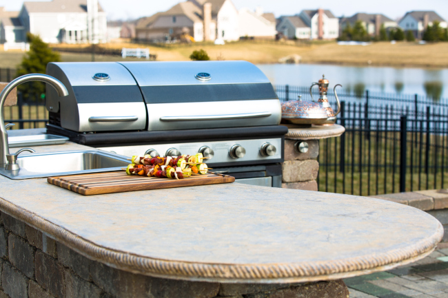 How to Design the Right Outdoor Kitchen for You