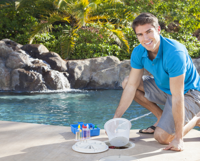 Common Problems that Require Swimming Pool Repair and Ideas to Prevent Them